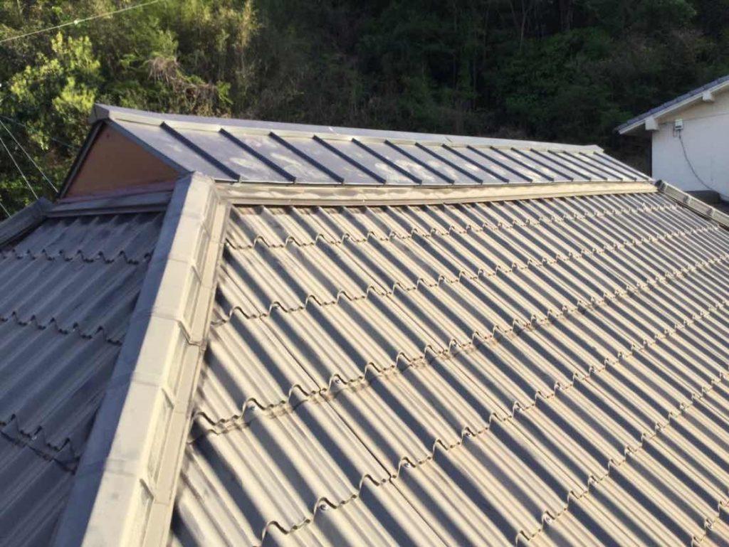 腰屋根葺き替え工事
