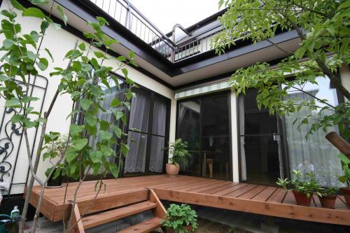開放的な庭づくりのために