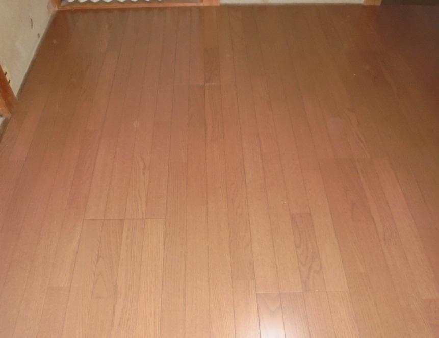 四畳半の床を一新