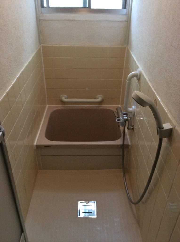 浴槽交換で明るくキレイに♪