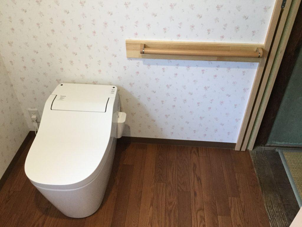 【トイレリフォーム工事】車椅子でも出入り可能な広々レストルーム