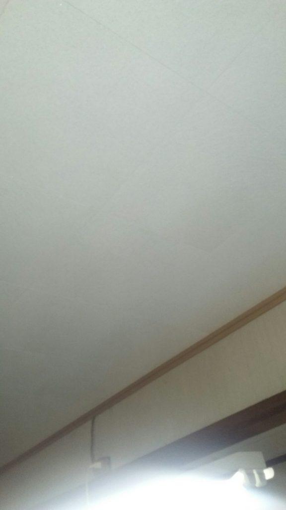 天井貼り換え