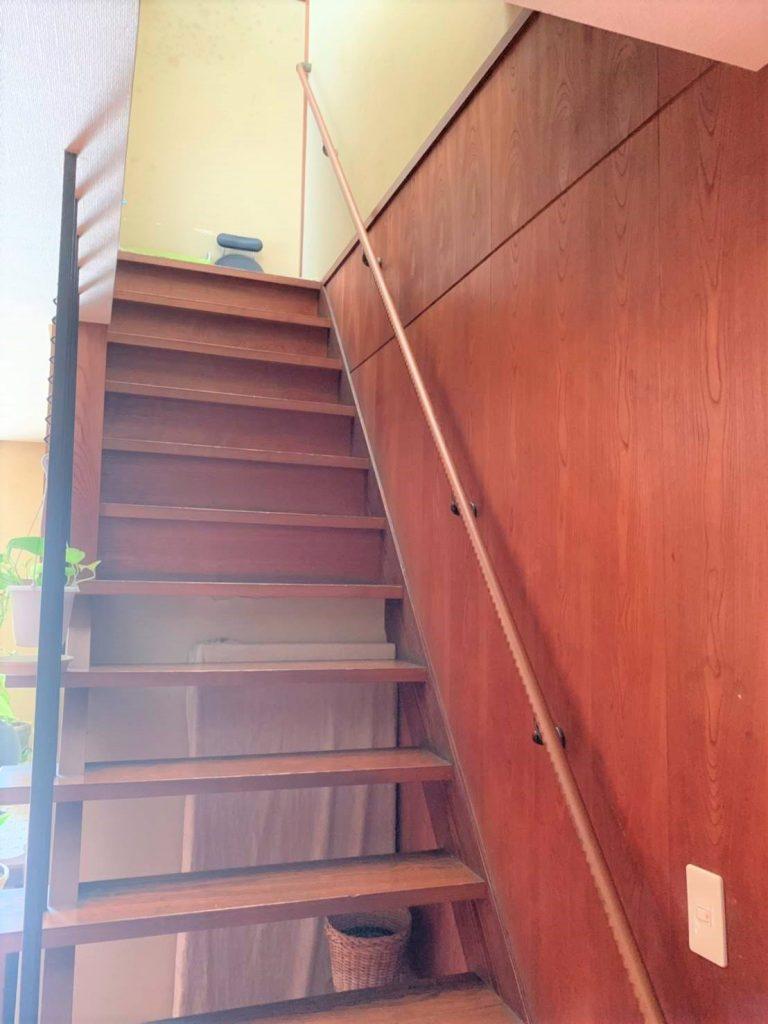 急な階段も安全に。