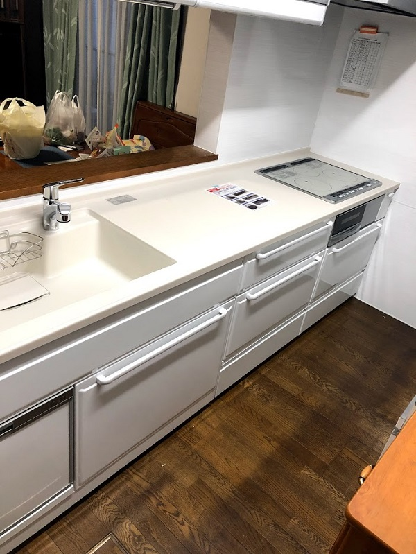 調理スペースを広くとって料理の効率UP!