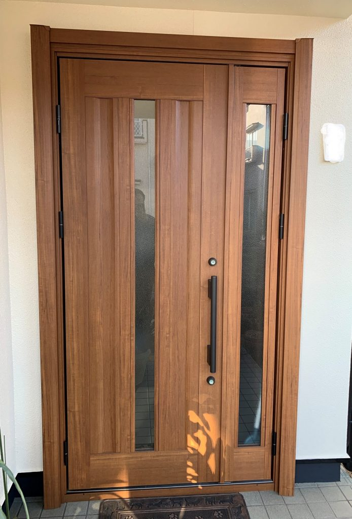 【玄関ドア交換】1日で玄関が生まれ変わりました!
