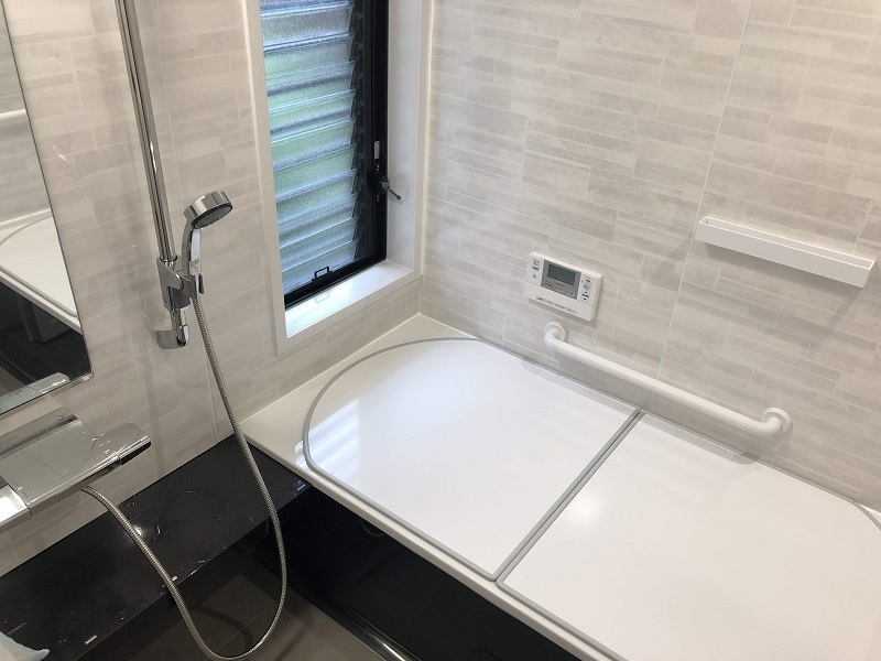 ホーローの浴室は掃除も保温も抜群です♪