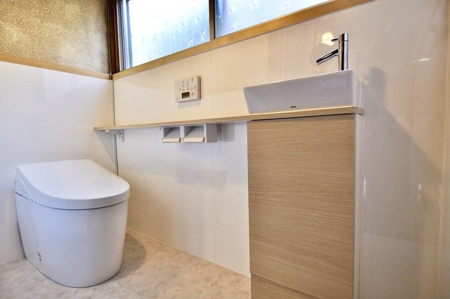 【トイレリフォーム】きれいで快適なトイレ空間へ。