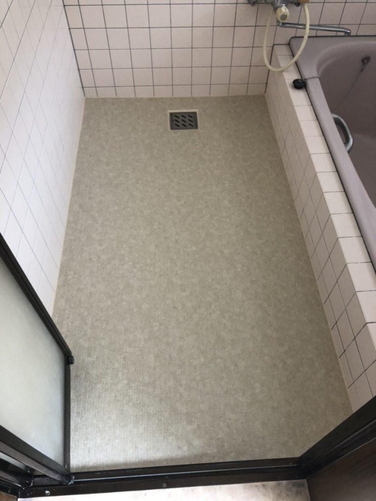 【お風呂床】タイルの上から床シート貼り