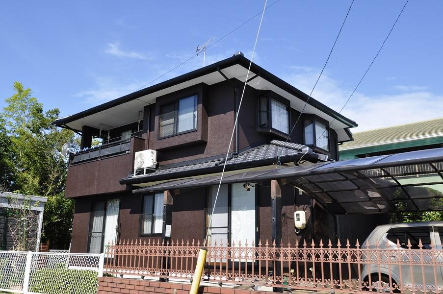 【屋根葺き替え・外壁塗装】メンテ不要の釉薬瓦と高耐久の無機塗料で、お家も長持ち!