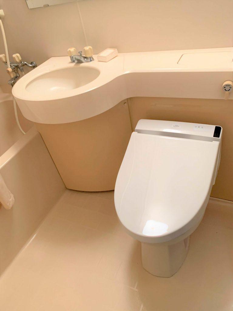 ユニットバスルームでも洗浄便座にできます!