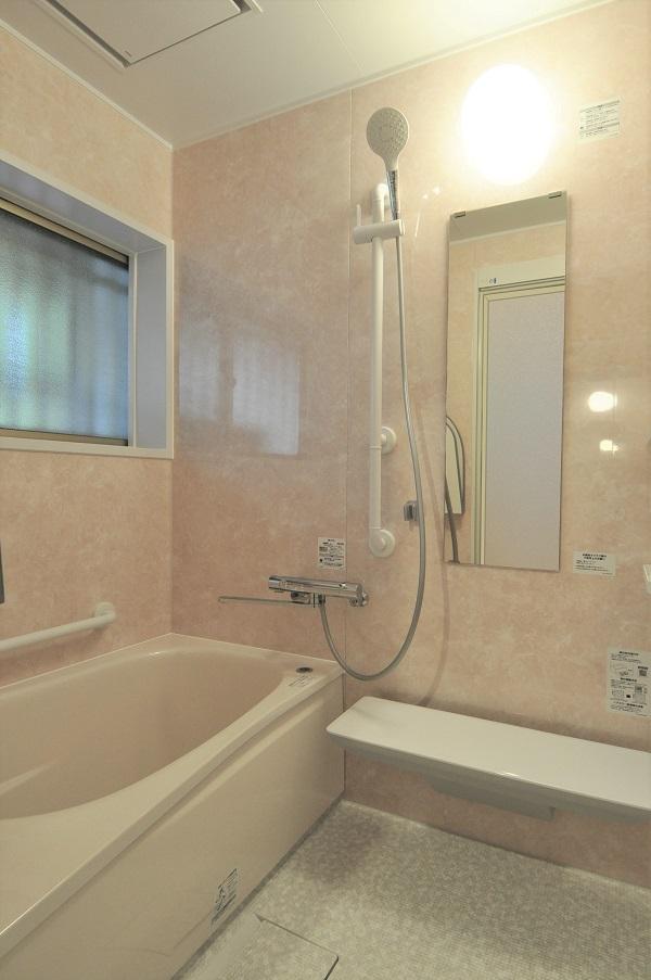 【浴室・洗面リフォーム】パステルカラーの浴室空間