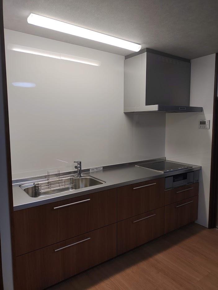 【キッチンリフォーム】スッキリとしたキッチン空間へ大変身!