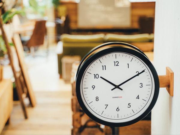 リフォーム後の暮らしを彩る「時計」のご紹介