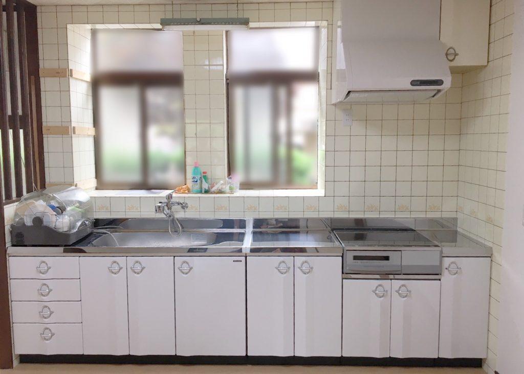明るいキッチンへ生まれ変わりました!