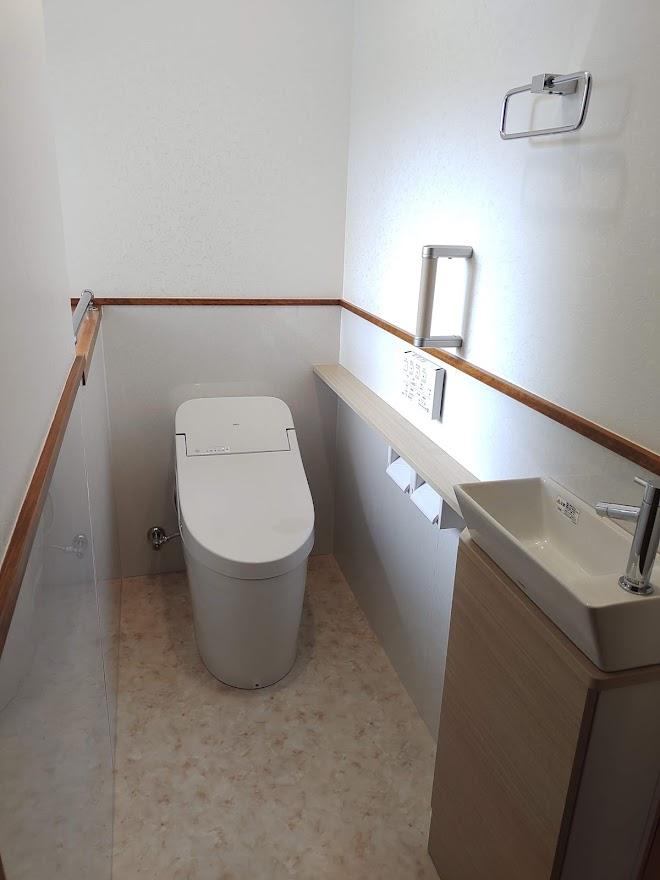 【下水道の切り替え+トイレリフォーム】下水道工事もカスケホームへお任せ!誰もが使いやすいトイレ空間へ大変身!